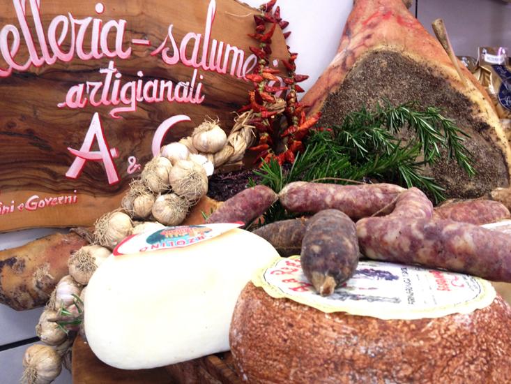 AeG Salumeria montalcino formaggie e salumi